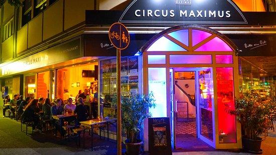 Daniel Dakuna live in Koblenz Circus Maximus